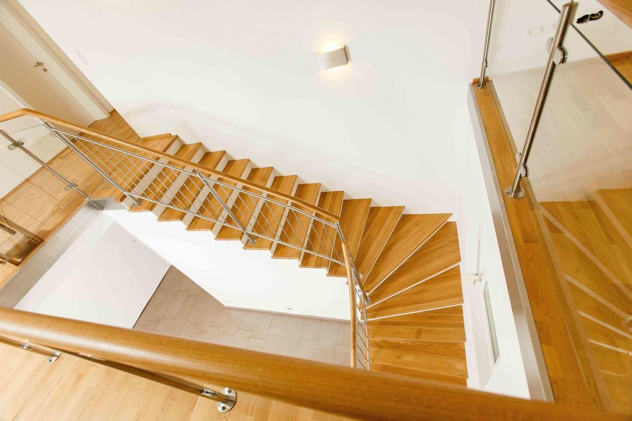 Treppenstufe Eiche