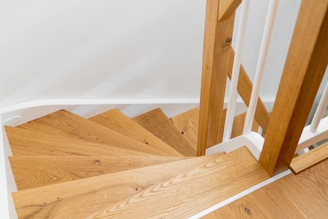 Holztreppe Innen